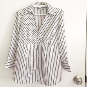 Motherhood Maternity Blouse Size Small Tie Back